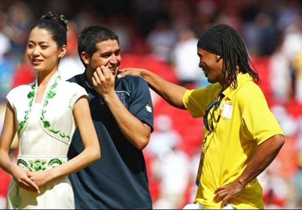 "Ronaldinho: ""Riquelme es de los mejores que vi"""