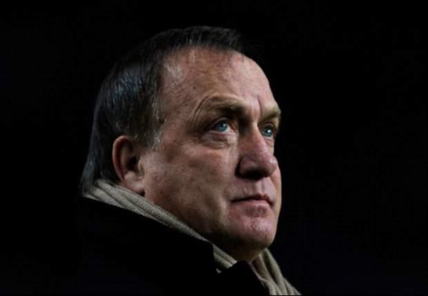 Advocaat weg als PSV titel misloopt