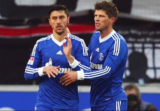 Schalke boss dismisses Huntelaar exit rumours