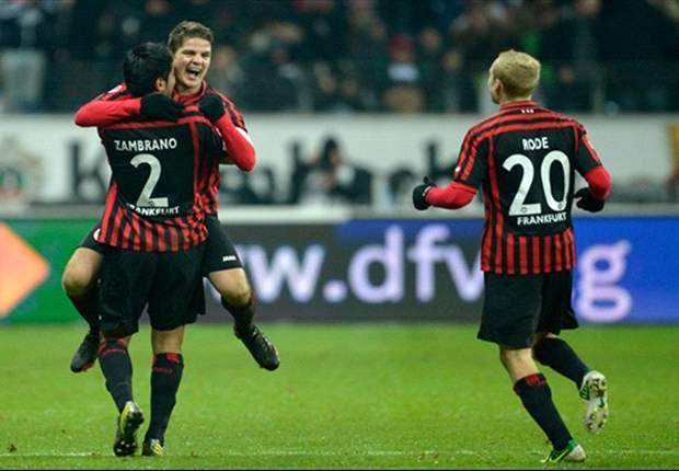 Frankfurt wint in eigen huis van Bremen