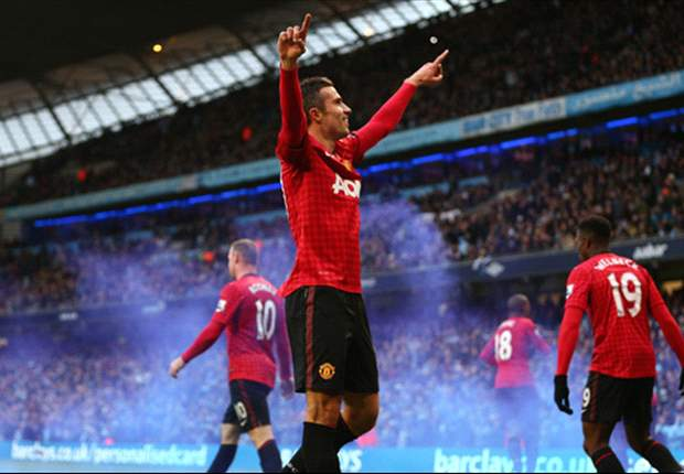 Manchester City 2-3 Manchester United: Van Persie decides derby day in thrilling fashion
