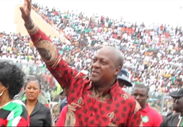 President Mahama pats Black Stars on the back, predicts quarter final victory for Ghana against Cape Verde