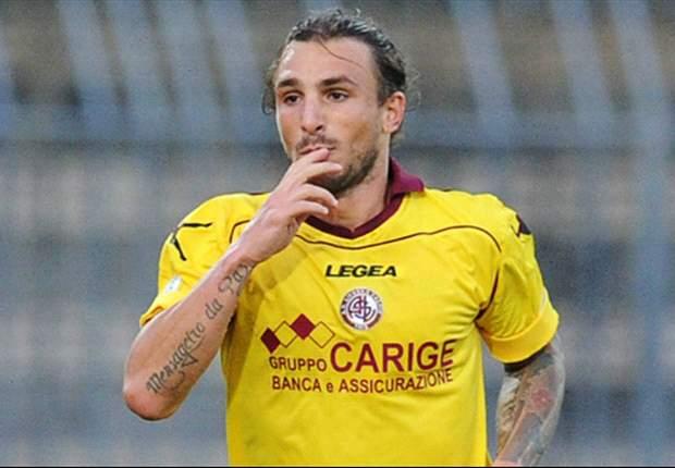 Serie B, 21ª giornata - Il Sassuolo crolla nella ripresa, al Livorno il big-match di giornata. E ora è a -2. Prima vittoria in casa per il Lanciano