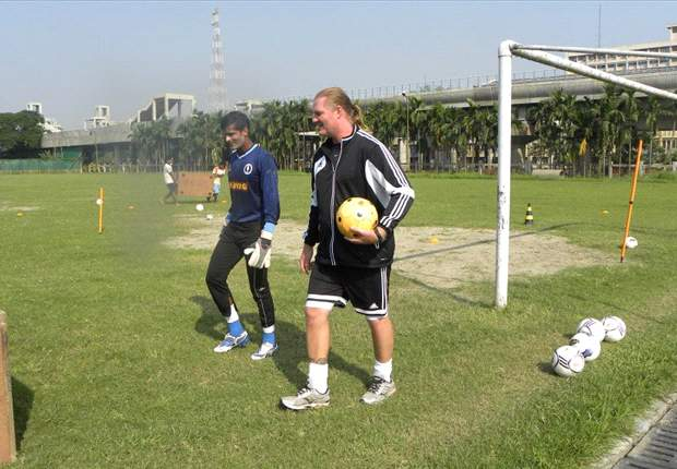 Per Henrikson resigns from his post as goalkeeping coach of Prayag United