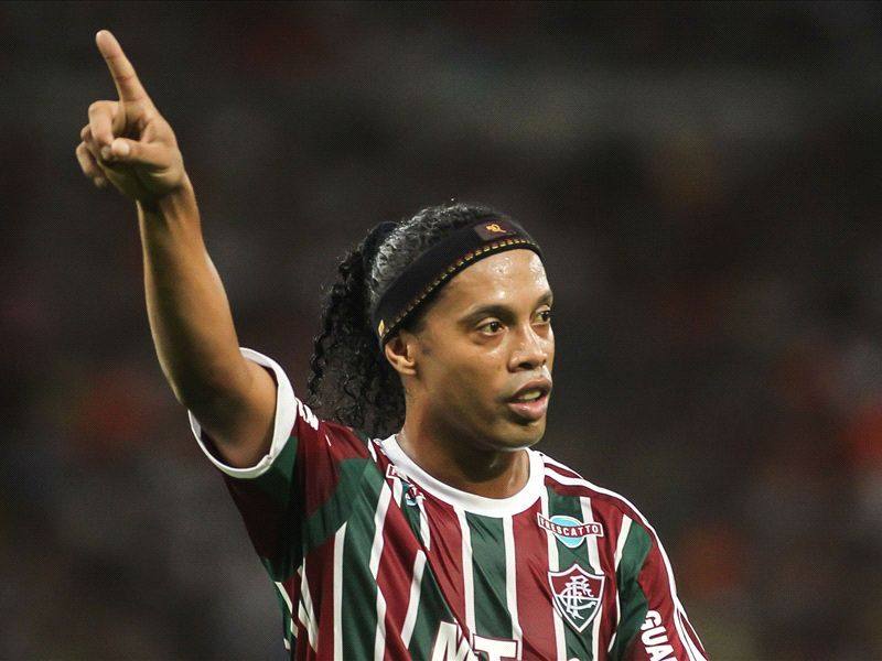 Ronaldinho vows to find a new club this year
