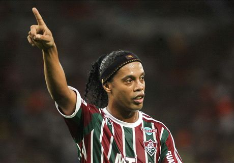 'Ronaldinho could move to England'