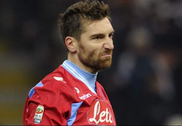 """I tifosi del Napoli chiedono più impegno, De Sanctis risponde per le rime: """"Noi onoriamo la maglia!"""""""