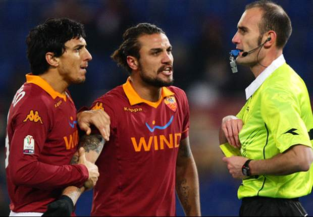 Che stangata per Osvaldo: 3 turni di squalifica in Coppa Italia. In campo solo in un'eventuale finale della Roma