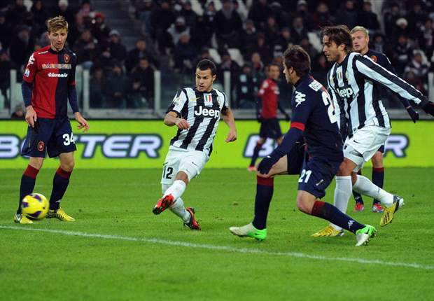 Juventus 1-0 Cagliari: Conte counts cost of first win back in Turin