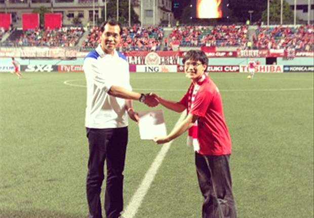 Singapore fan group 'Lions All The Way' raises $2000 for typhoon victims in Philippines