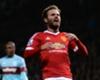 Juan Mata intenta marcar en tres porterías...¡a ciegas! (Vídeo)