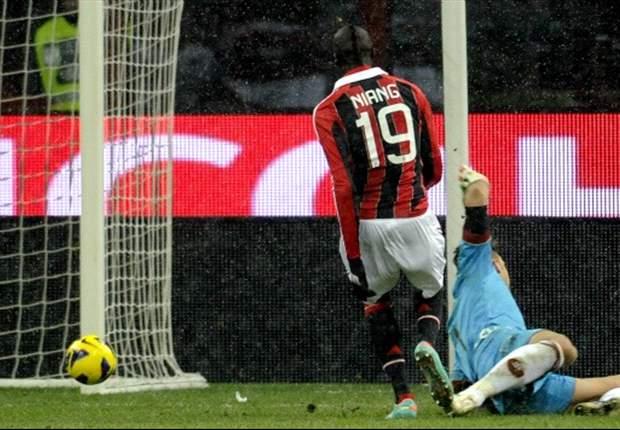 M'Baye Niang Teken Kontrak Baru Di AC Milan