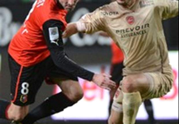 Ligue 1 - Rennes se redresse