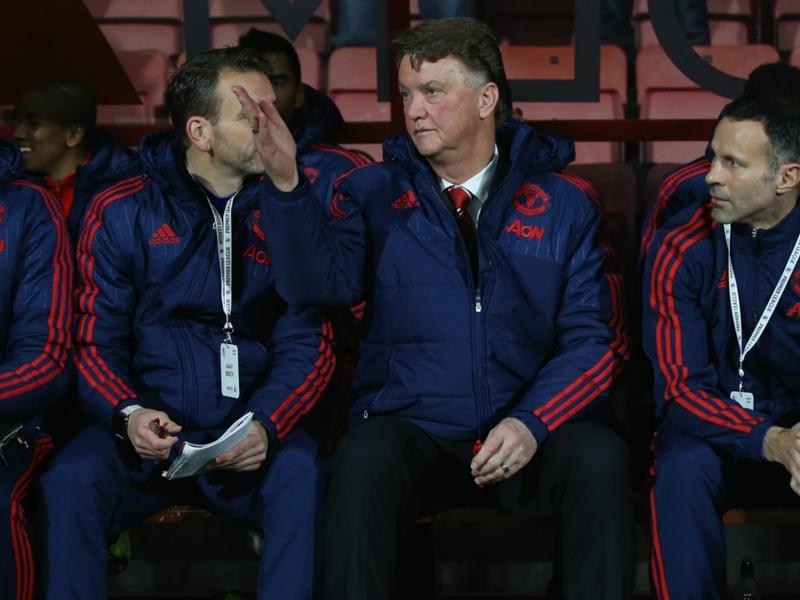 'Concerned' Van Gaal insists Manchester United must stick together