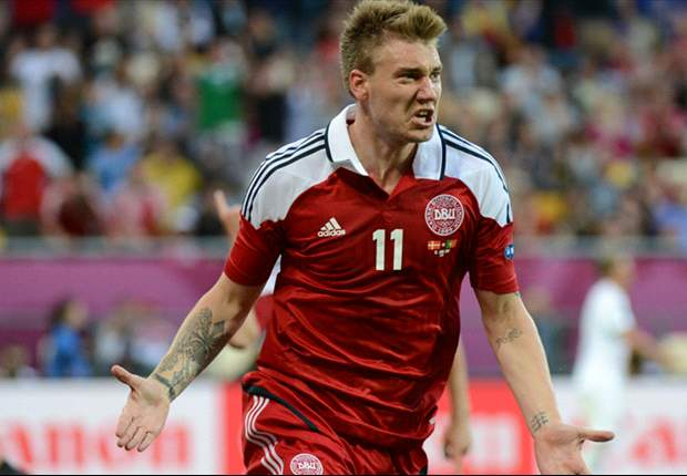 Arsenal striker Bendtner poised for Frankfurt switch, says agent
