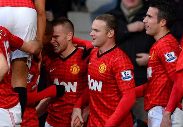Manchester United 3-1 Sunderland: Rooney & Van Persie restore six-point gap over City