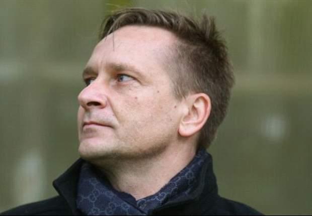"""Horst Heldt: """"Jens Keller bleibt bis Saisonende unser Trainer, daran gibt es nichts zu rütteln"""""""