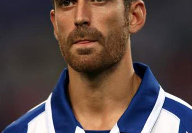 Porto determined to cash in on £15m rated Manchester United and Chelsea target Raul Meireles - report