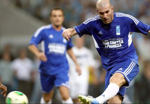 """Mourinho : """"Zidane a les qualités pour entrainer"""""""