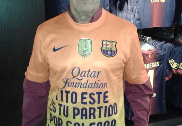 Un fiel seguidor del Barça muestra su incondicional apoyo a Tito Vilanova