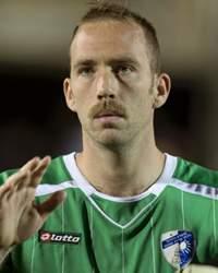Daniel Amos Player Profile