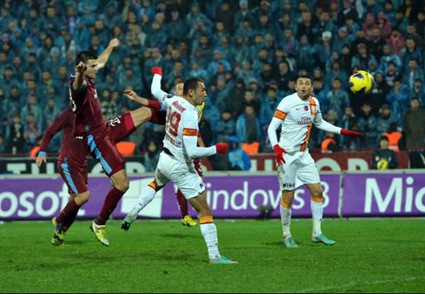 Violenza in Turchia: tifosi del Trabzonspor scatenati, Yilmaz colpito con una bottiglietta e un petardo