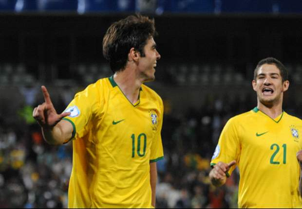 Kaka recalled to Brazil squad, but Ronaldinho is left out