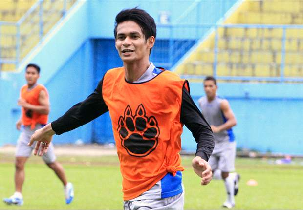 Former Singapore international Muhammad Ridhuan joins Arema