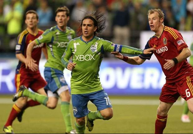 Chivas USA acquires Mauro Rosales from Seattle