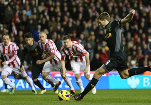 Steven Gerrard: Luis Suárez es un mago