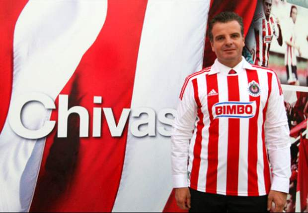 Dennis Te Kloese asegura que Chivas hará nuevos fichajes