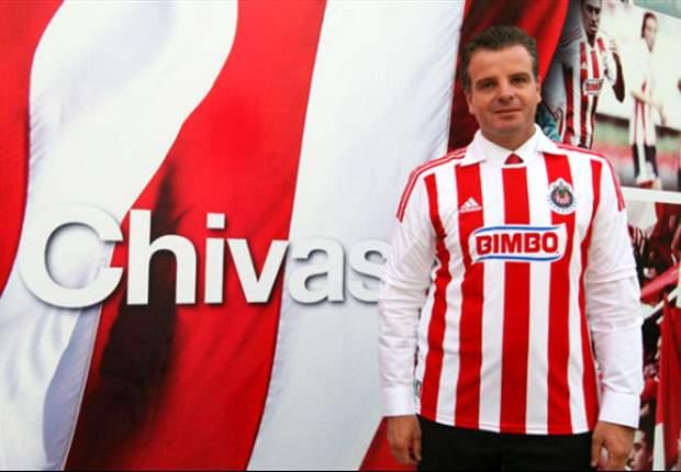Dennis Te Kloese buscará fichajes para Chivas en Europa