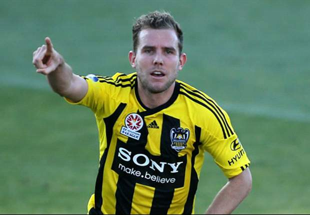 Phoenix striker Brockie answers Toronto's loan call