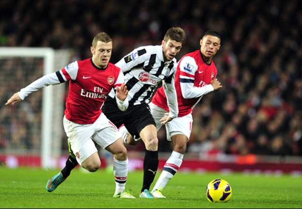Newcastle defender Santon dismisses AC Milan interest