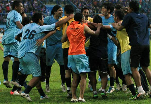 FT: Arema 0-2 Persela