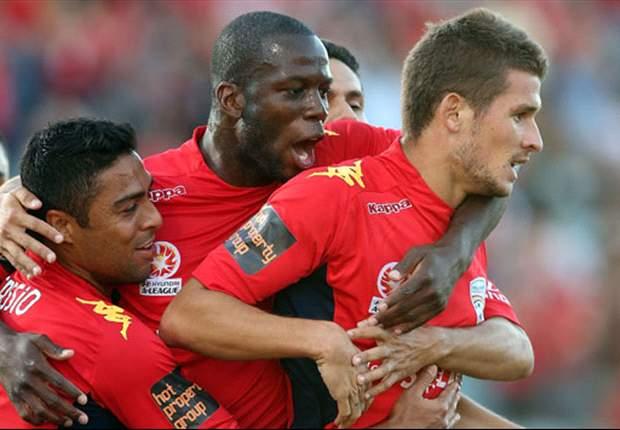 Adelaide United 3-0 Sydney FC: Vidosic fires Reds