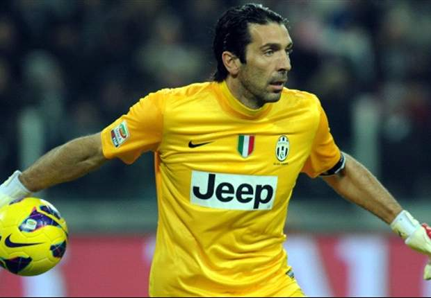 'Pirlo is a class above the rest' - Buffon