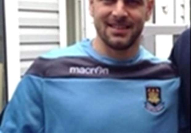 OFICIAL: Joe Cole volta sem custos ao West Ham