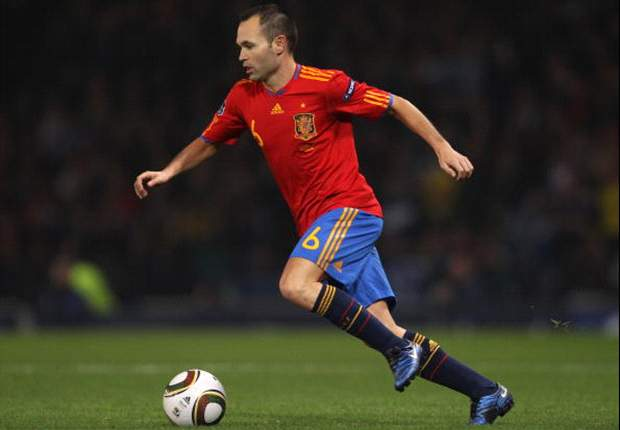 Iniesta hoping to end career with Barcelona