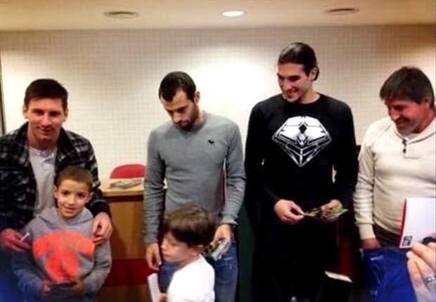 El Barcelona regala ilusión en siete hospitales