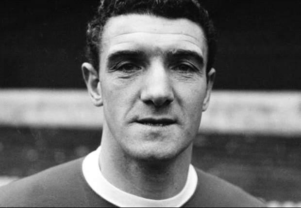 Manchester United legend Foulkes dies