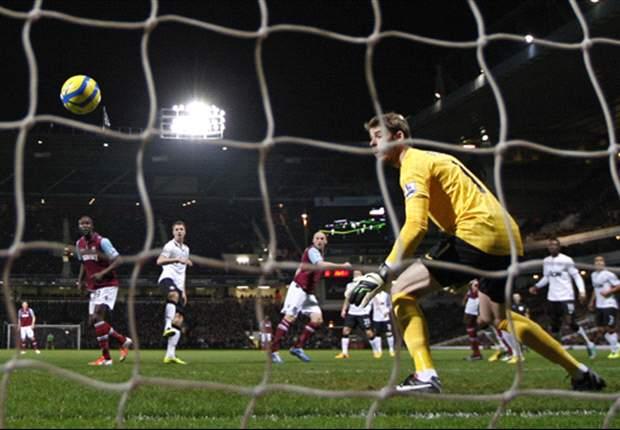 ANG, CUP - Van Persie appuie sur Replay