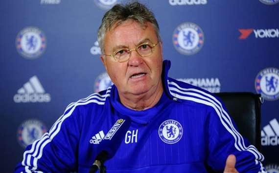 Chelsea, Hiddink ne vise plus la Ligue des Champions