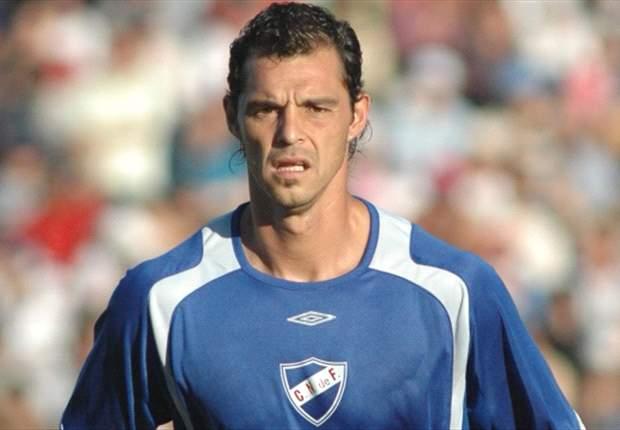 Adrián Romero podría jugar en Cerro Porteño