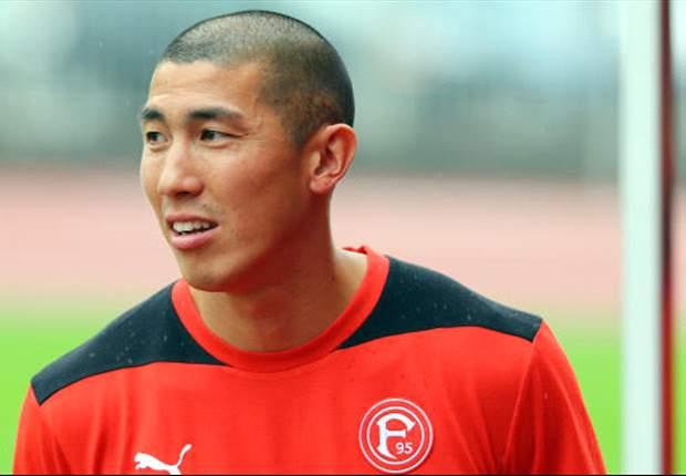 Du-Ri Cha kickte zuletzt für Düsseldorf in der Bundesliga - nun wieder in seiner Heimat