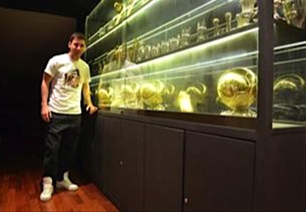 Jordi Roura Angkat Topi Untuk Lionel Messi