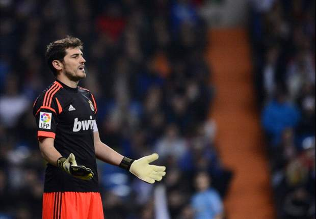 TEAM NEWS: Casillas keeps place in goal for Real Madrid's visit to Valencia