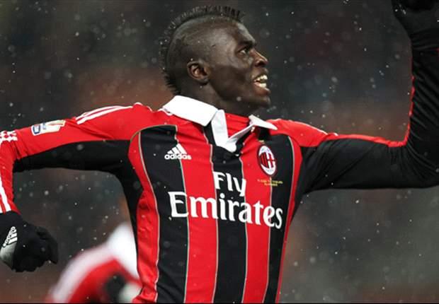 M'Baye Niang Yakin AC Milan Bisa Kalahkan Barcelona
