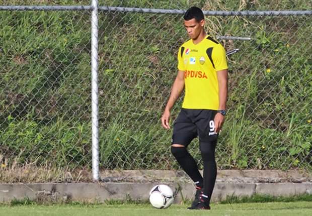 Gelmin Rivas apura su regreso