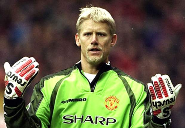 Manchester City slump down to Mancini, says Schmeichel